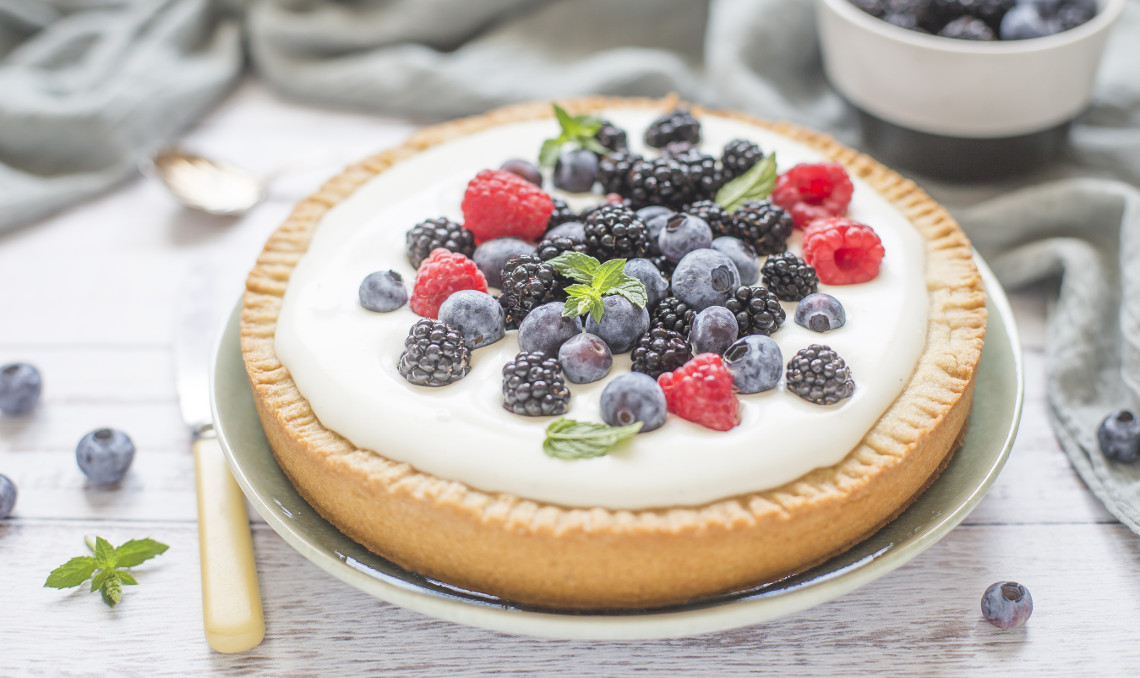 Crostata allo yogurt e frutti di bosco